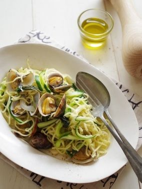 アサリと夏野菜のバジル塩麺|レシピブログ