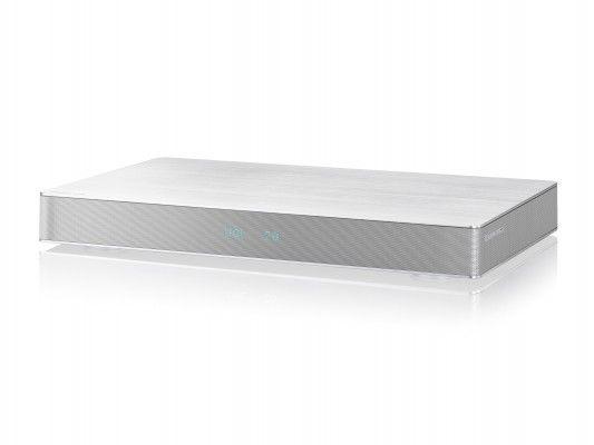 Con la nuova soundboard di Panasonic finalmente una nuova dimensione per l'audio di TV a schermo piatto