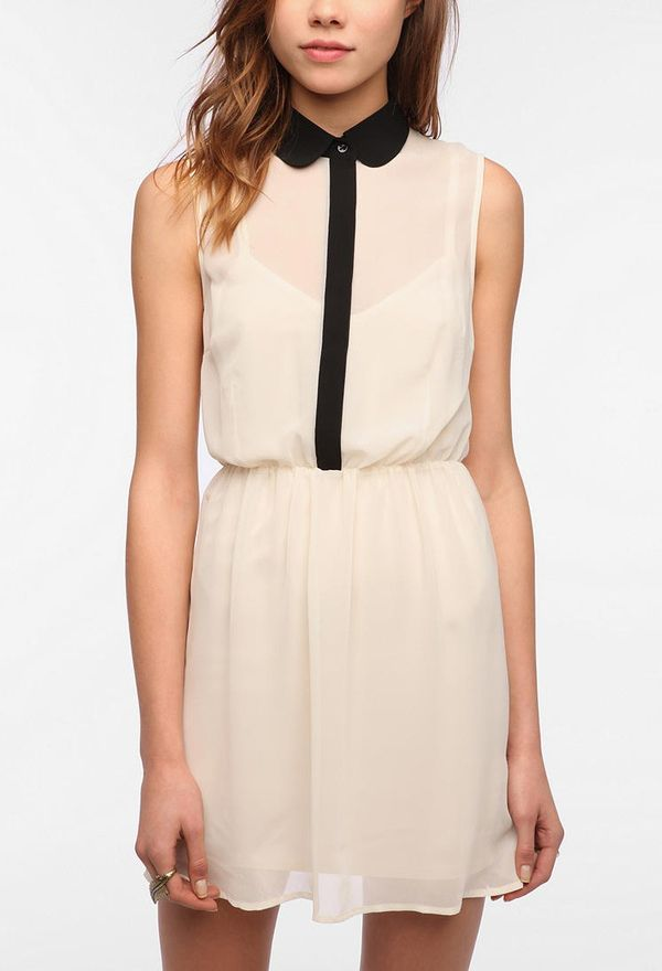 peter pan collar + cream