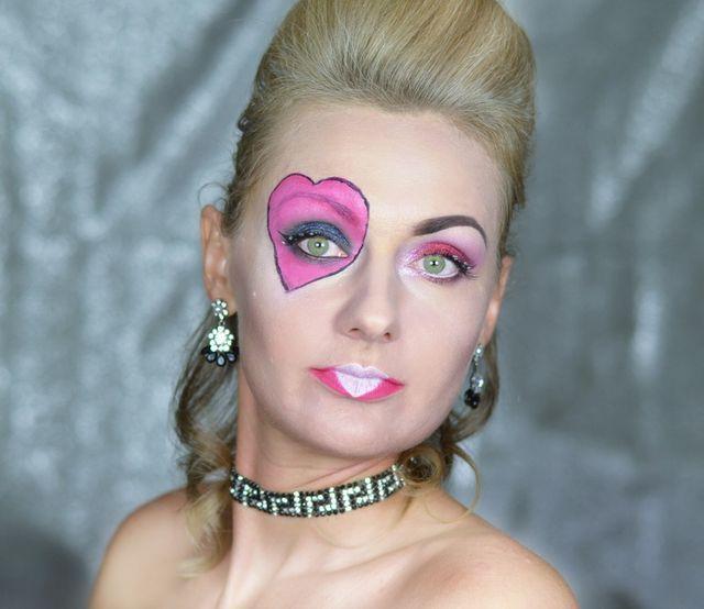 Карнавальный макияж Червовая Королева