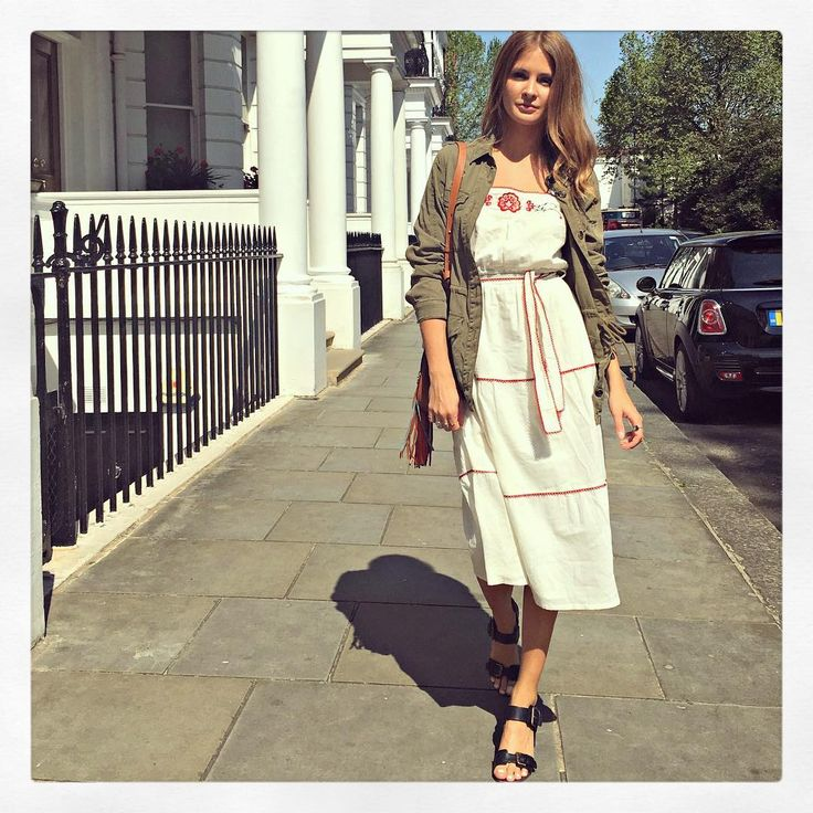 Millie Mackintosh knows there's nothing better than a khaki jacket + pinafore dress | DRESSR