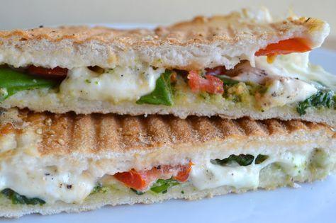 Duizenden1dag: Tosti van Turks brood met buffelmozzarella