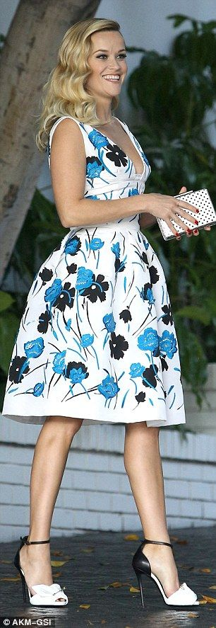 Anything goes: Reese Witherspoon (L) and Miranda Kerr went for very different looks for th...