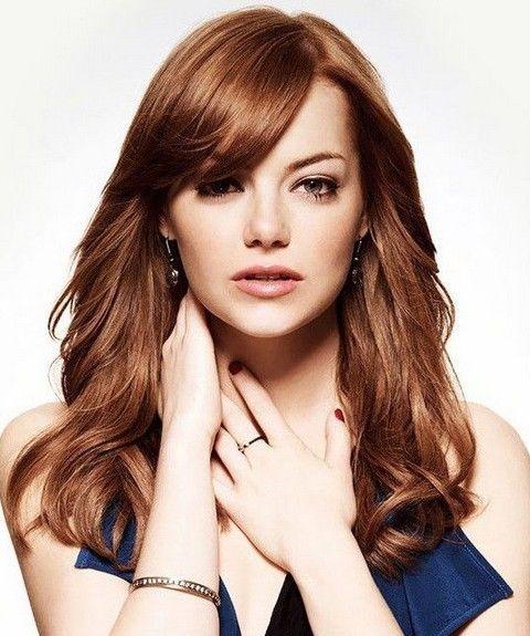 ロングカット×四角顔さんのヘアスタイルのお手本は海外セレブ、エマ・ストーン♡ゆるいカールと流れるような前髪のアレンジで大人な雰囲気が出る髪型♬