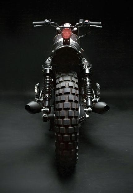 Moto Guzzi V7 Stone by VENIER CUSTOMS (via Bike Exif)