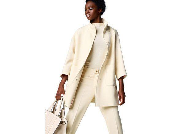 Benetton svela la nuovissima collezione primaverile di capi e accessori bianchi da sfoggiare in total look Total white, total love! United Colors of Benetton esalta la semplicità e la leggerezza del bianco con una capsule collection per la primavera 2017. A intingersi nel colore-non-colore per