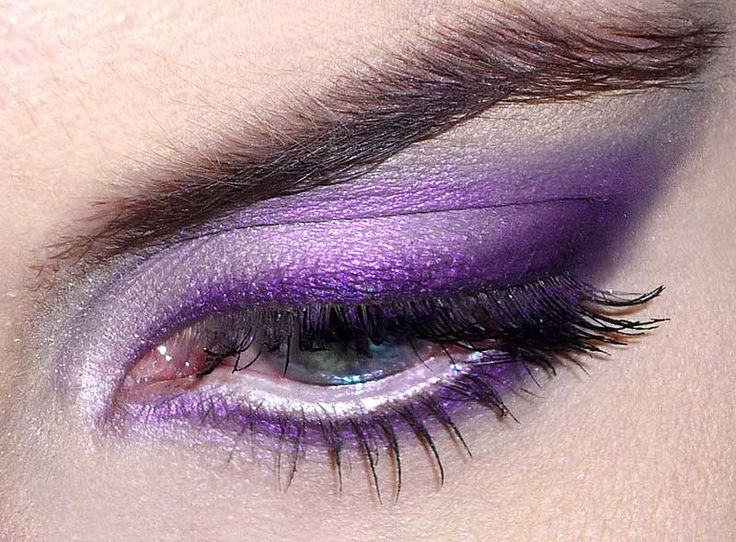 Gorgeous Purple MAC Eyeshadow - via ePinner http://amzn.to/H7S081
