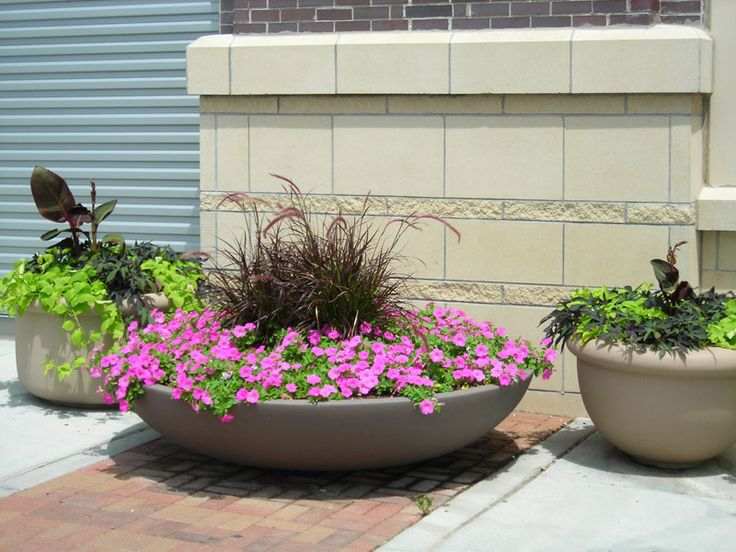 Big Flower Pots And How To Plan For The Plants To Plant In Them : Big  Flower Pots Outdoor.