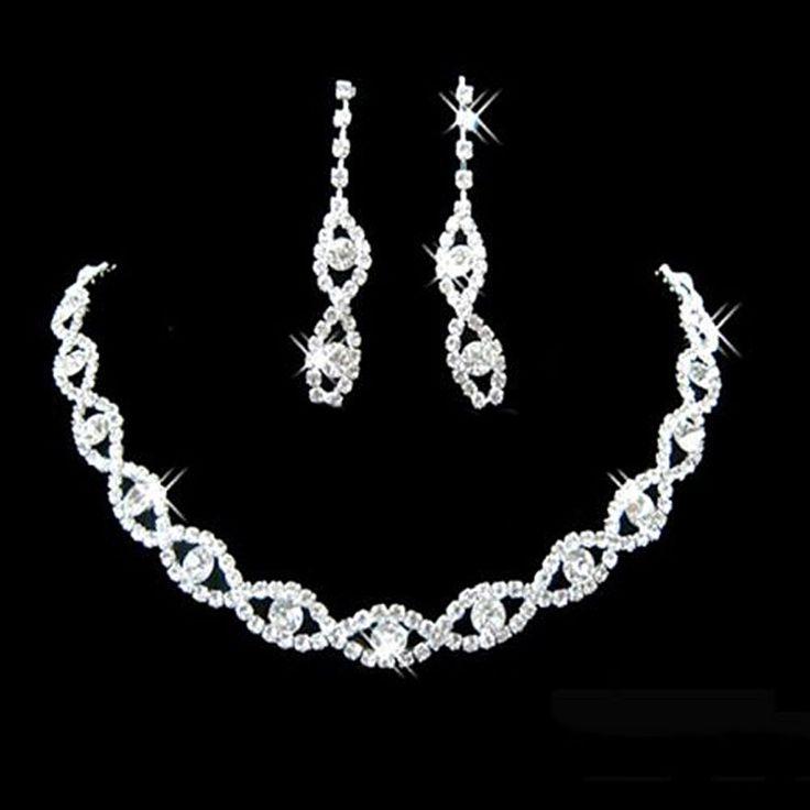 Exkluzivní dámský náhrdelník + náušnice – SLEVA 80% A POŠTOVNÉ ZDARMA Na tento produkt se vztahuje nejen zajímavá sleva, ale také poštovné zdarma! Využij této výhodné nabídky a ušetři na poštovném, stejně jako to udělalo …