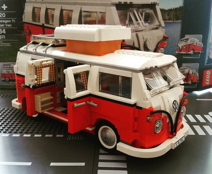 It took me 7 hours to build this camper. Longer than expected. I like this camper van very much. . 의외로 오래걸렸다. 7시간. 정말 멋지고 귀엽다. . #lego #legostagram #afol #adultfansoflego #10220 #volkswagen #campervan #volkswagent1 #volkswagent1campervan #volkswagencampervans #legocampervan #legovolkswagen #legoexpert #legocreator #레고 #레고스타그램 #레고캠퍼밴 #캠퍼밴 #복스웨건 #폭스바겐 #레고폭스바겐t1캠퍼밴 #레고폭스바겐캠퍼밴 by briankim1205