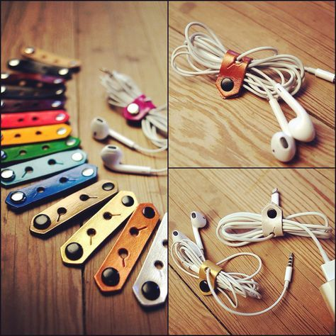 Cord Organizer Silver Leather iPhone Earbud Lightning by Exsect