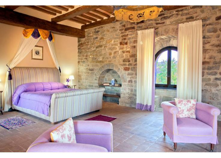 A really rather luxurious night's sleep is on offer in Castello Gubbio...