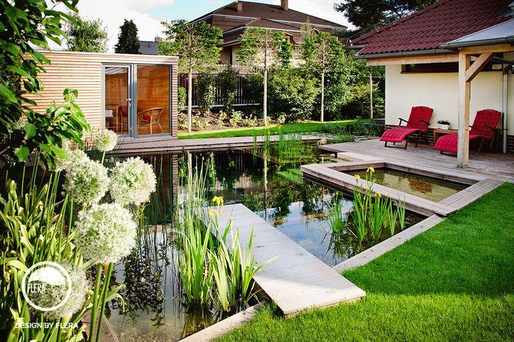 Krásná zahrada s jezírkem a saunou