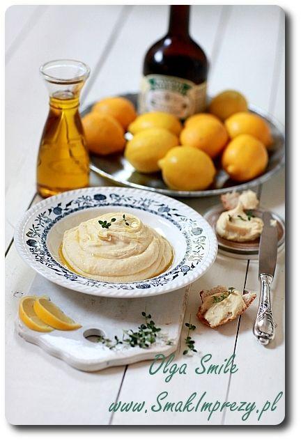 Fava, moja pasta z grochu z karmelizowaną cebulką i sokiem z cytryny