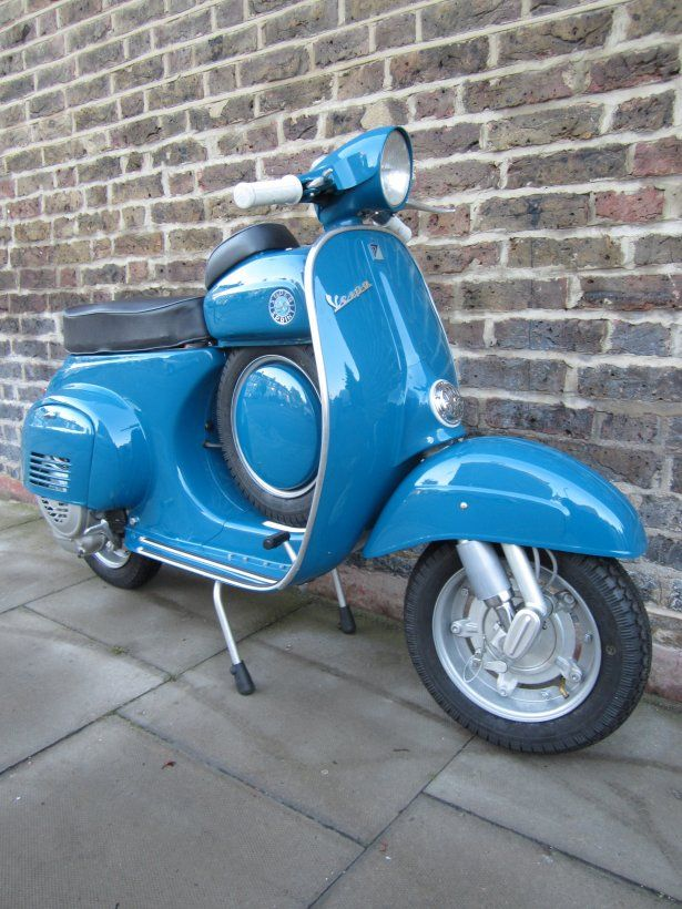 "Vespa SS 90 | DOLCE VITA ""on two wheels"" 