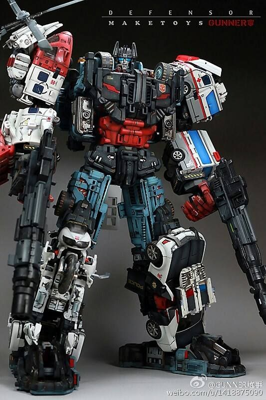 "Autobot Combiner, ""DEFENSOR"" (G1) *third-party variant"