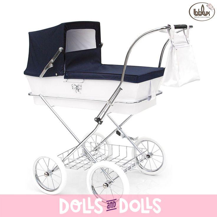 Los cochecitos Donosti de #Bebelux son un regalo maravilloso para las niñas, con ellos pasarán tardes inolvidables de diversión. Tienen una altura de 78 centímetros y gracias a la suspensión del cochecito se puede acunar al muñeco tanto parado como en movimiento. En #DollsAndDolls los puedes encontrar en varios colores. ¡Aprovecha el buen tiempo y regala un cochecito de Bebelux! #Dolls #DollsMadeInSpain #HandMade #DollsPram #DollsPushchair #Bonecas #Poupées #Bambole #EnvíoGratis