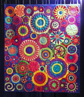 from the Houston quilt festival: Houston Quilts, Beautiful Quilts, Quilts Maven, Quilts Circles, Circles Quilts, Colors Quilts, Flowers Quilts, Art Quilts, Quilts Festivals