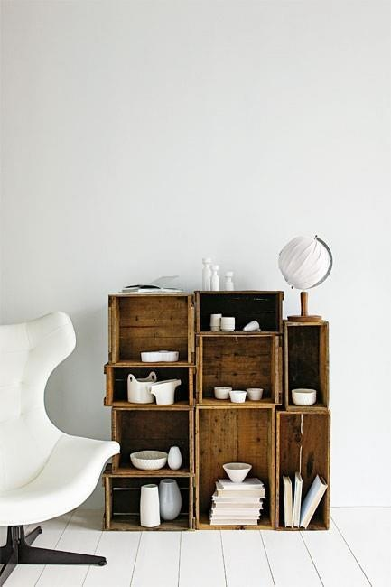 crate bathroom storage idea