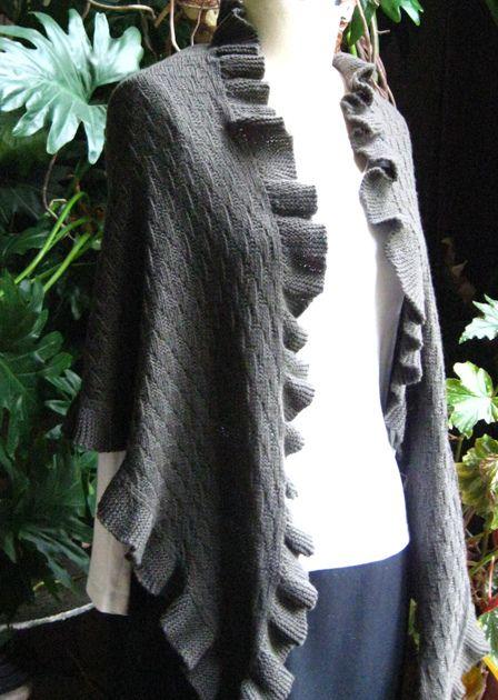 Knitting Pattern For Kate Middleton s Shawl : Interpretation of Kate Middletons shopping shawl. Gonna knit it soon. ...