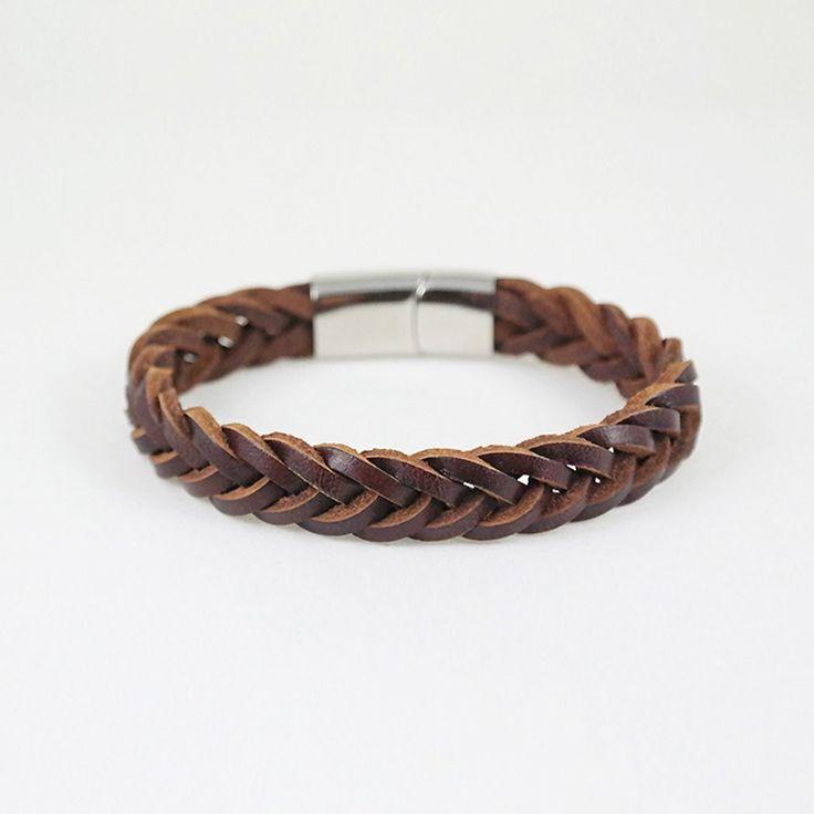 Danny Cuff / brown leather