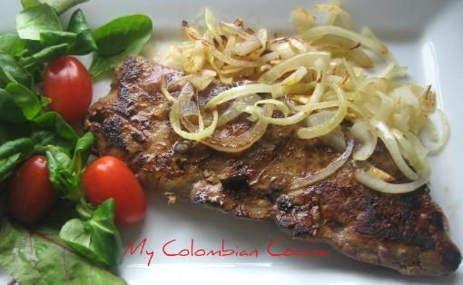 Hígado Encebollado or Liver with Onions. This recipe, apart from being very nutritious, is a very economical dish. It is part of a long list of dishes in Colombian cuisine cooked on the grill.