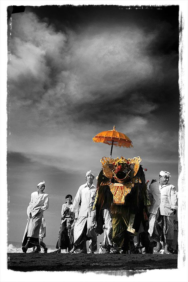 Bali Indonesia has a large Hindu population and they use umbrellas in many of the ceremonies. At the Indian Garden Company we work with the skilled artisans who produce these umbrellas and adapt the designs so they are suitable for western climates. Check out http://www.indiangardencompany.com/sun-umbrellas/the-paradise-collection.aspx