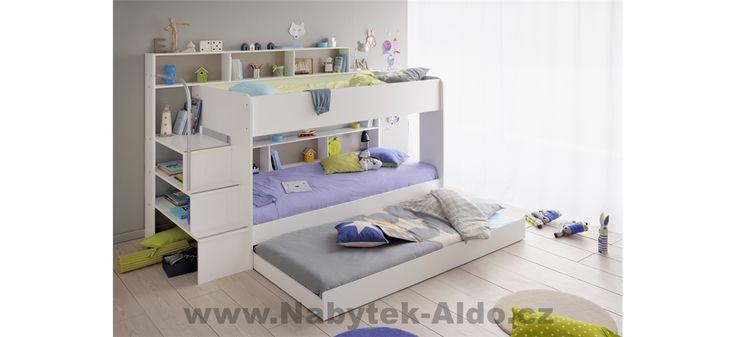 Dětská patrová postel pro tři děti