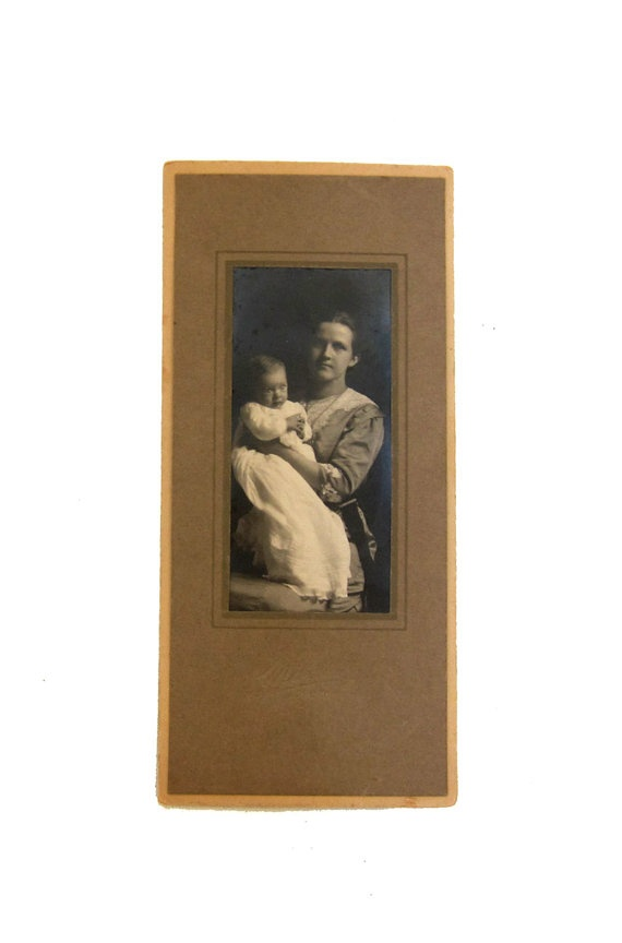 Antique US 1900s studio portrait CDV photo mother and by evaelena, $6.50