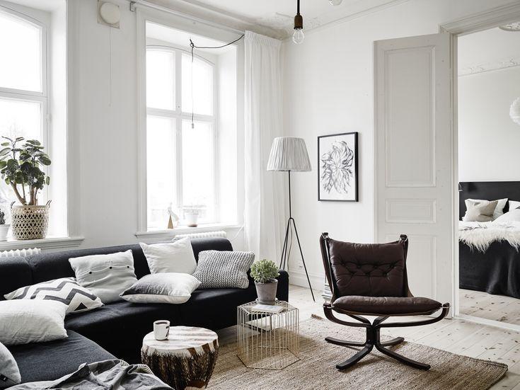 Dit huis bewijst dat een keukeneiland ook in een kleinere keuken past - Roomed   roomed.nl