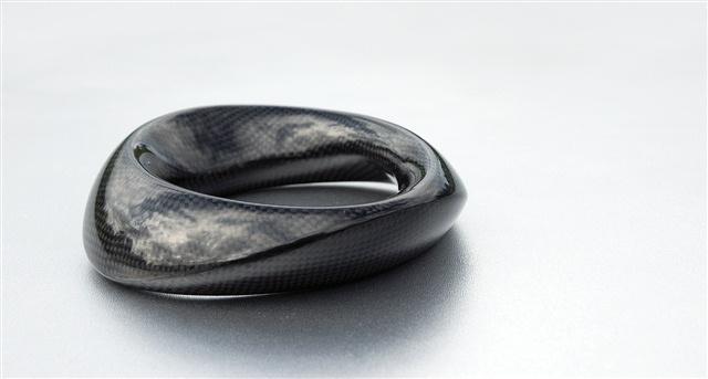 Hand-grinded carbon fibre bracelet, original, designer: Markéta Richterová