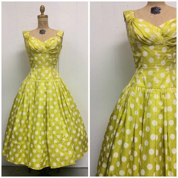 1950s Polka Dot Dress 50s Yellow Party por CreatedAndCollected