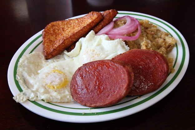 Los Tres Golpes | 44 Things To Eat & Drink In The Dominican Republic- Food, fun, delicious!