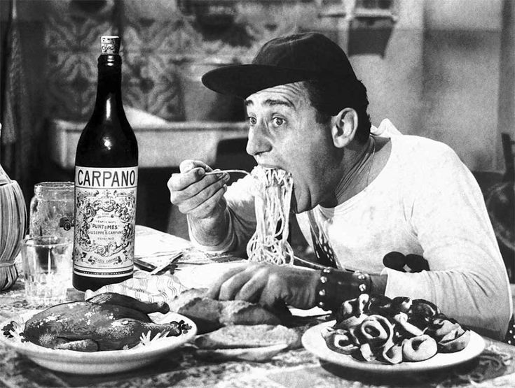 Quer fazer um mergulho de cultura e sabores pela culinária italiana? Na Itália é possível experimentar pratos diferentes em cada região que você visitar