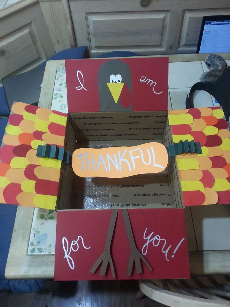 SUCH a cute Thanksgiving Care Package using a large flat rate box! Deployment, missions, and college.