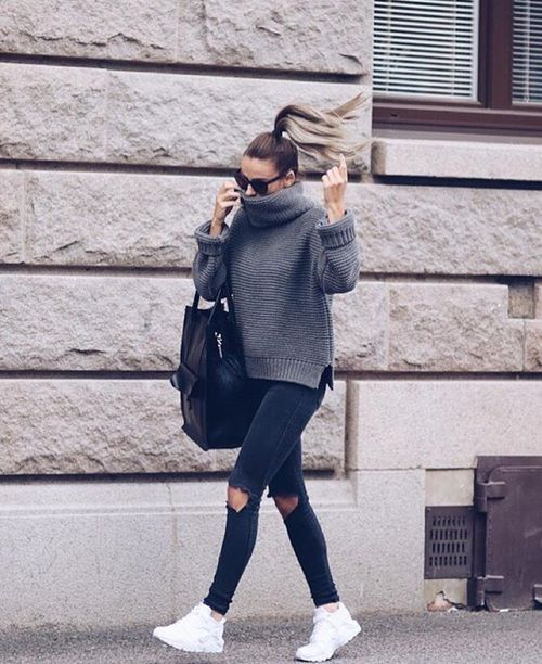Street Style | Easy & Casual Look | Pinned by api.shopstyle.com