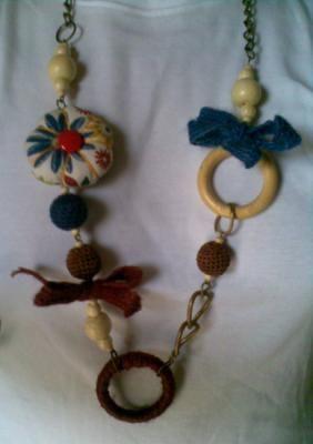 collar calabaza flores collar tejido  madera  botón,cuerda  cadena de metal,hilo aplicación a mano,montaje manual                                                                                                                                                     Más