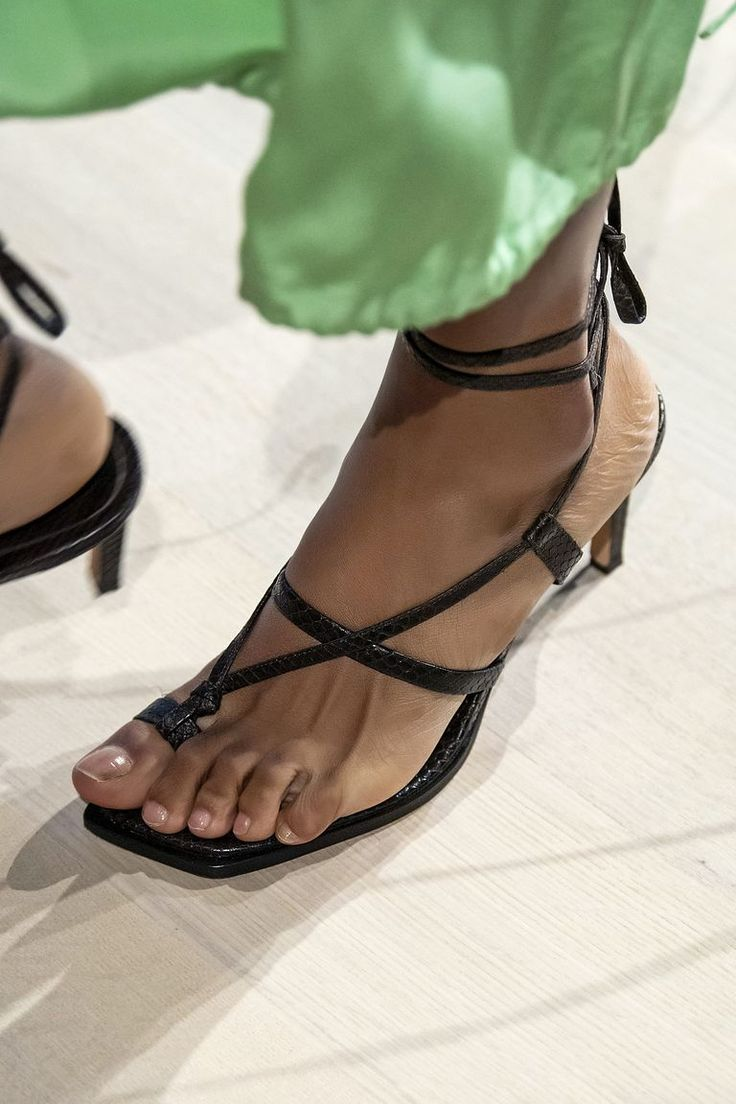 Sporty Spice Velcro Strap Sandals   Velcro strap sandal