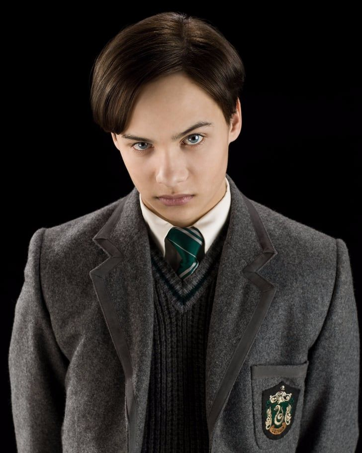 Fear The Walking Dead Has A Very Important Harry Potter Actor In It Harry Potter Actors Tom Riddle Harry Potter Toms