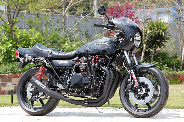 Kawasaki Z1 by PMC.INC - found on Racing Cafe