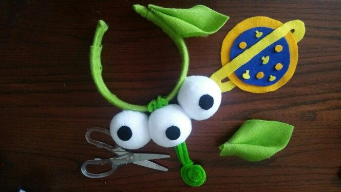 Toy story alien home made headband by @amyloubates                                                                                                                                                                                 More