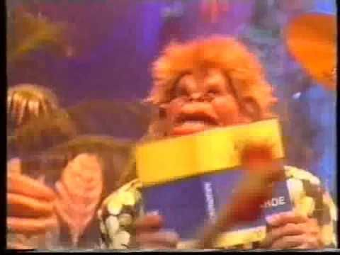 Spitting Image Chicken Song & Snooker Loopy - TOTP 1986