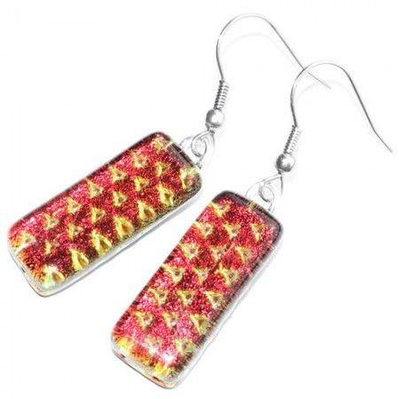 Luxe rood-oranje glazen oorbellen. Mooie lange oorhangers die veranderen van kleur!