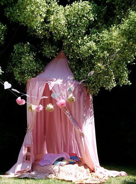 picnic infantil al aire libre Un picnic para niñas al aire libre