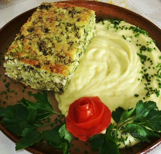 Brokolicový nákyp - Broccoli casserole with mashed potatoes (Slovak language)