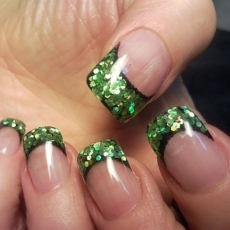 Nail Art Goes Irish – The Best St. Patrick's Day Designs On The ...