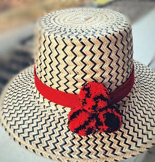 WAYUU Hat Black-Red