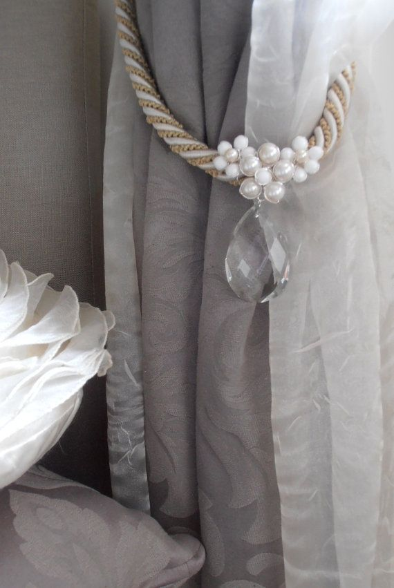 Set Of 2 Romantic Floral Curtain Holders Faux Pearls