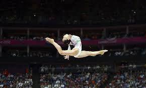 Resultado de imagen de barra de equilibrio gimnasia artistica femenina