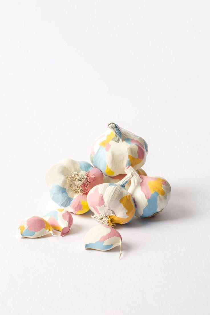 Painted garlic